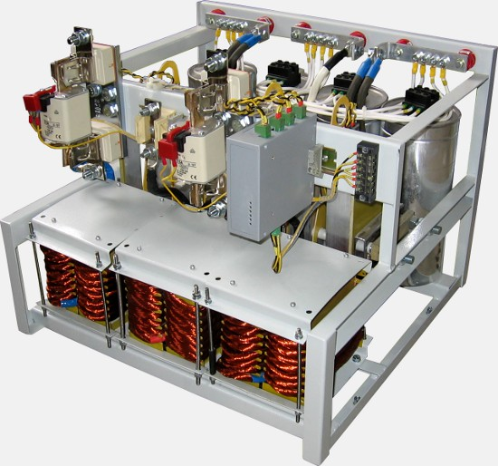 Тиристорный компенсатор реактивной мощности (модуль)